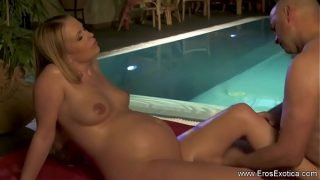 Pregnant Sex In The Pool Experience